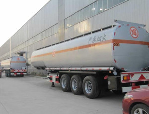 China-petrol-tanker
